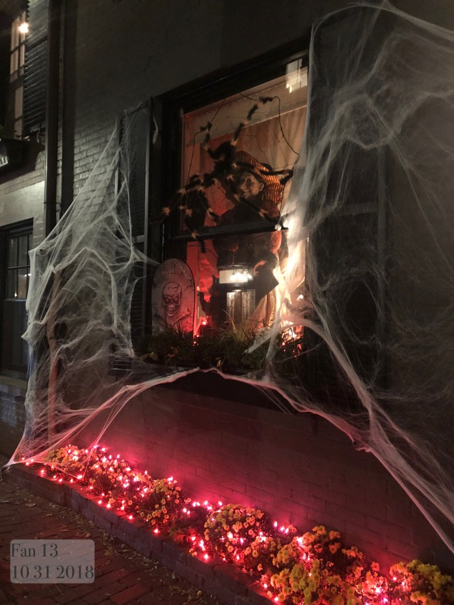 2018 10 31 Halloween at Beacon Hill in Boston, MA. By Fan 13 20