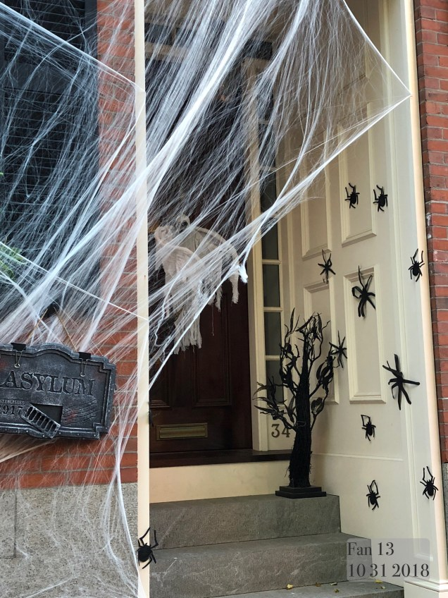 2018 10 31 Halloween at Beacon Hill in Boston, MA. By Fan 13 35