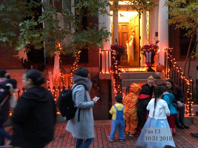 2018 10 31 Halloween at Beacon Hill in Boston, MA. By Fan 13 5