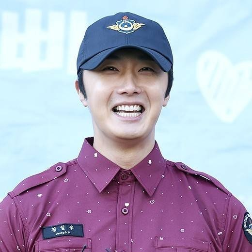 November 30, 2018 Jung il-woo officially completes his Civic:Military duty! 5