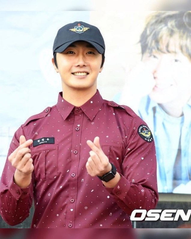 November 30, 2018 Jung il-woo officially completes his Civic:Military duty! 6