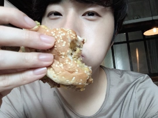 2015 6 14 Jung Il-woo's 3 meals a day with boyfriend photos. Cr. Starcast. 15.jpg