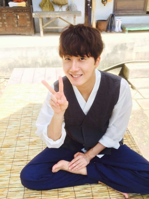 2015 Jung Il-woo in High End Crush BTS Cr. SOHU TV30