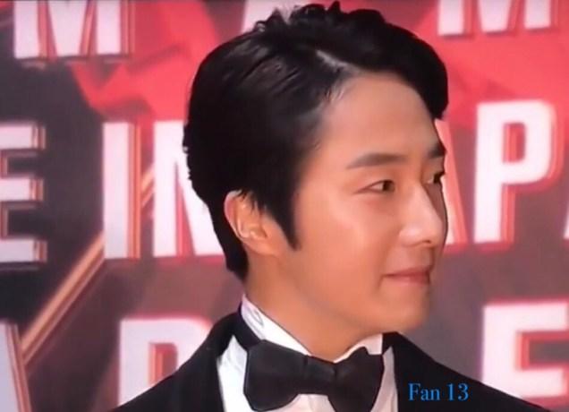 2018 12 12 Jung Il-woo at the MAMA Awards. Cr. Mnet Edits Fan135