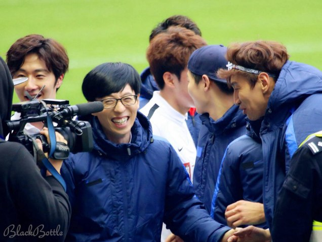 2016 1 10 jung il-woo playing soccer in the 2016 asian smile cup. 11
