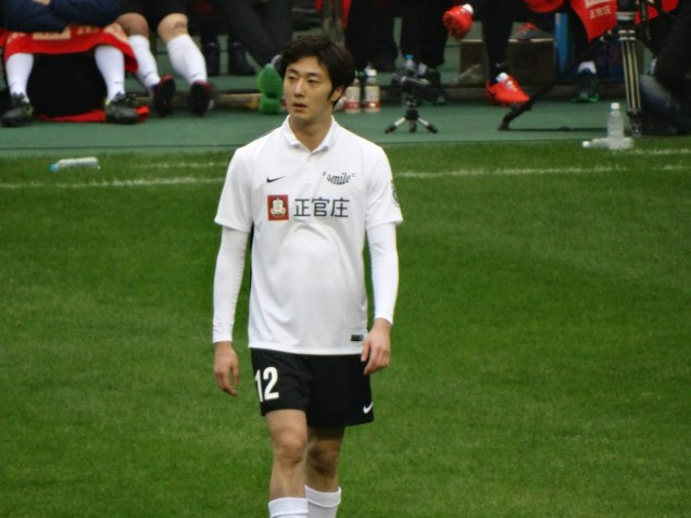 2016 1 10 jung il-woo playing soccer in the 2016 asian smile cup. 53