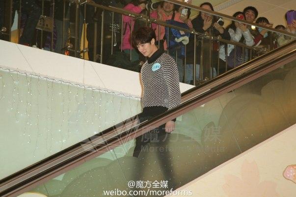2016 1 23 hong kong fan meeting. arrival? cr. on photos.1