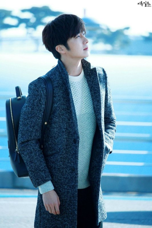 2016 1 9 jung il-woo in the airport going to shanghai for the smile cup part 3 2