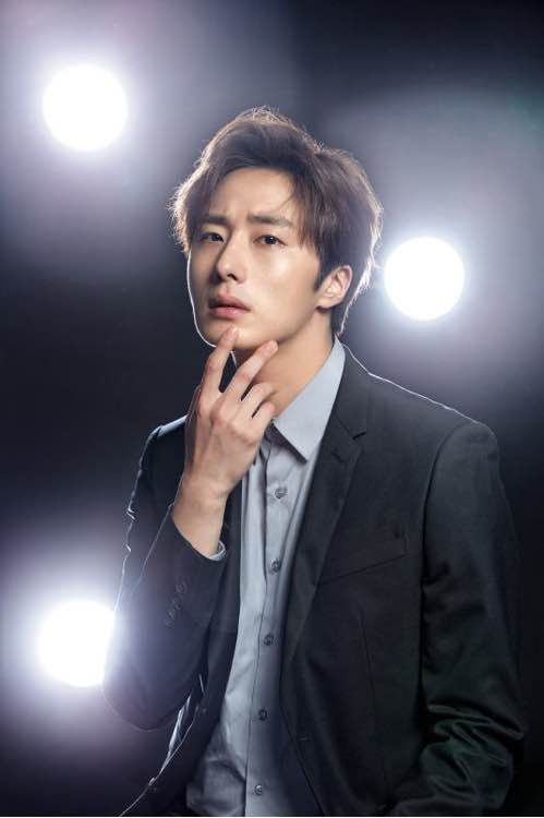 2016 4 8 Jung Il-woo for RNW Cosmetics. Cr. Damiin.16