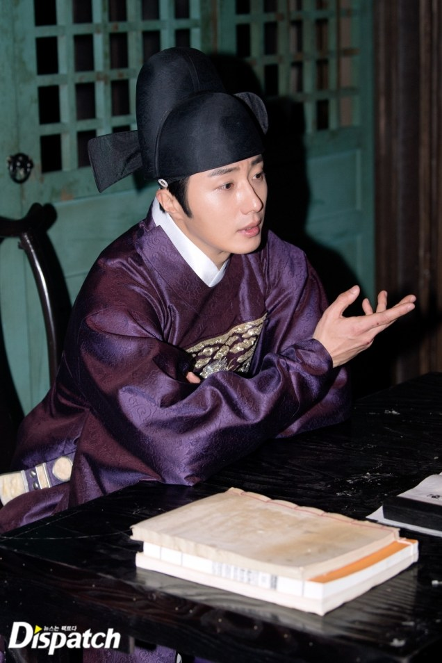 2019 2 11 Jung Il-woo in Haechi Episode 2 (3-4) Behind the Scenes. 1