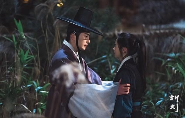 2019 2 18 Jung Il-woo in Haechi Episode 3 (5,6) BTS  9.jpg