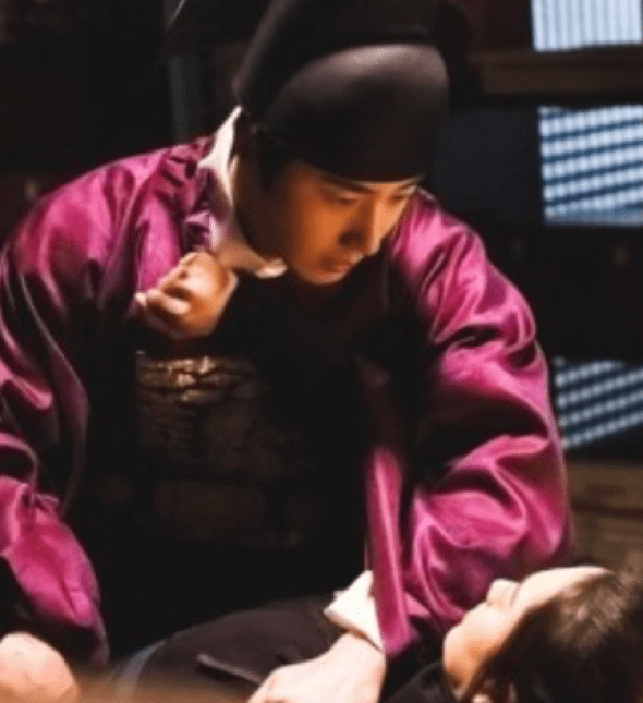 2019 2 25 Jung Il-woo in Haechi Episode 5 (9,10) Behind the Scenes 2.png