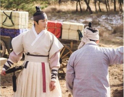 2019 2 Jung Il-woo in Scenes of Haechi. Cr. SBS 2