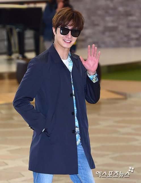 2016 4 14 Jung Il-woo at the airport in route to Japan for Fan Meeting. 13