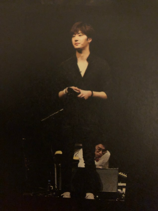 2016 4 15 Jung Il-woo at the 10th Thank You Fan Meeting in Japan. Cr. Taken by Fan 13 from his 10th Anniversary Japanese Book. 8