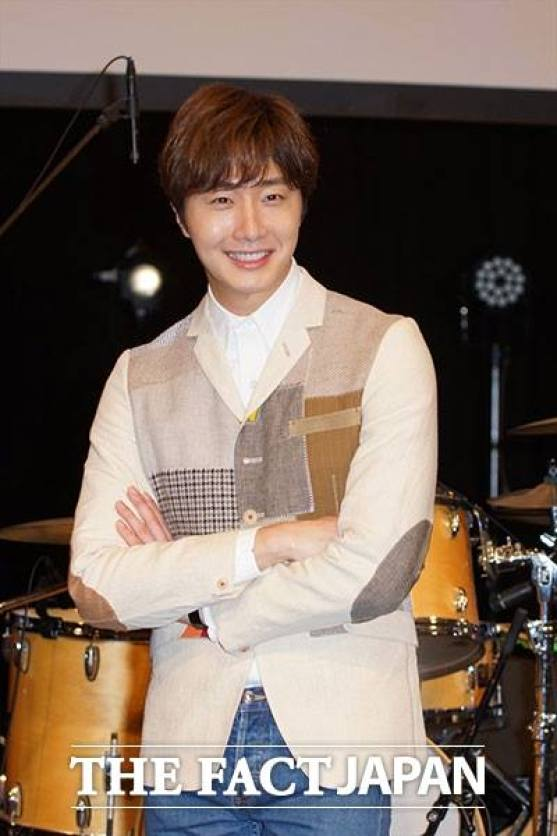 2016 4 15 Jung Il-woo at the Press Conference for his 10th Thank You Fan Meeting in Japan. 11