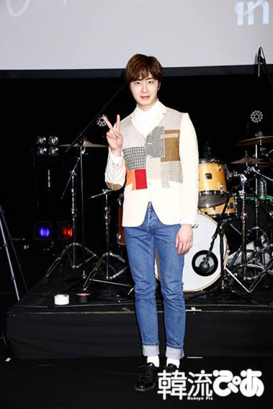 2016 4 15 Jung Il-woo at the Press Conference for his 10th Thank You Fan Meeting in Japan. 14