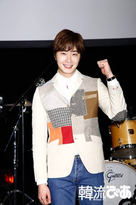 2016 4 15 Jung Il-woo at the Press Conference for his 10th Thank You Fan Meeting in Japan. 7