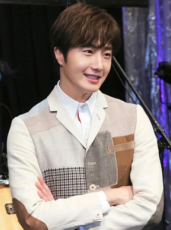 2016 Jung Il-woo in his 10th Thank You Fan Meeting in Japan. Press Conference. 1.jpg