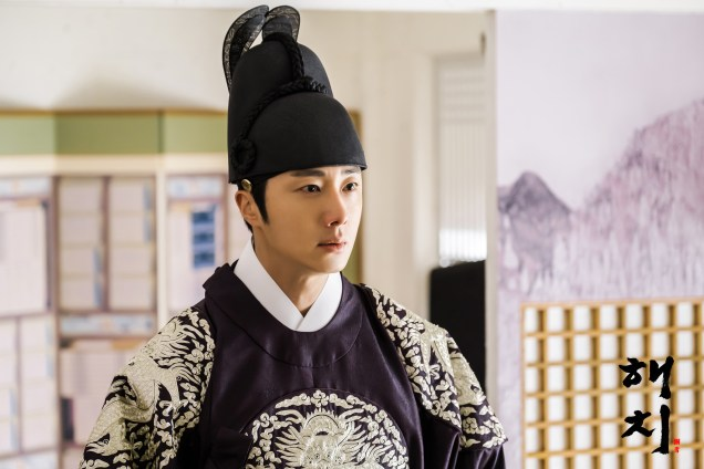 2019 3 26 Jung Il-woo in Haechi Episode 14(27,28) Website & Behnd the Scenes. Cr. SBS 5.jpg
