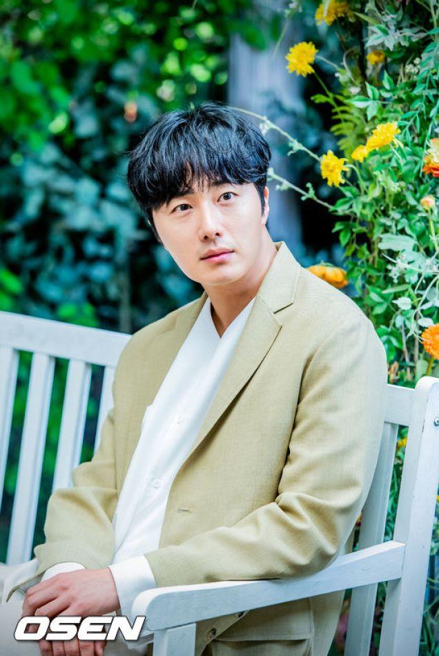 2019 5 2 Jung II-woo for Osen interview. 2