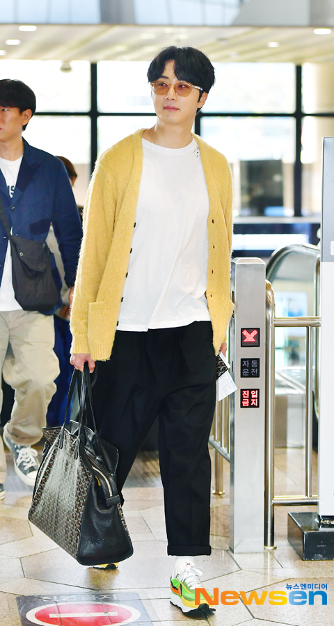 2019 5 21 Jung Il-woo departs to Japan for Fan Meetings. 4