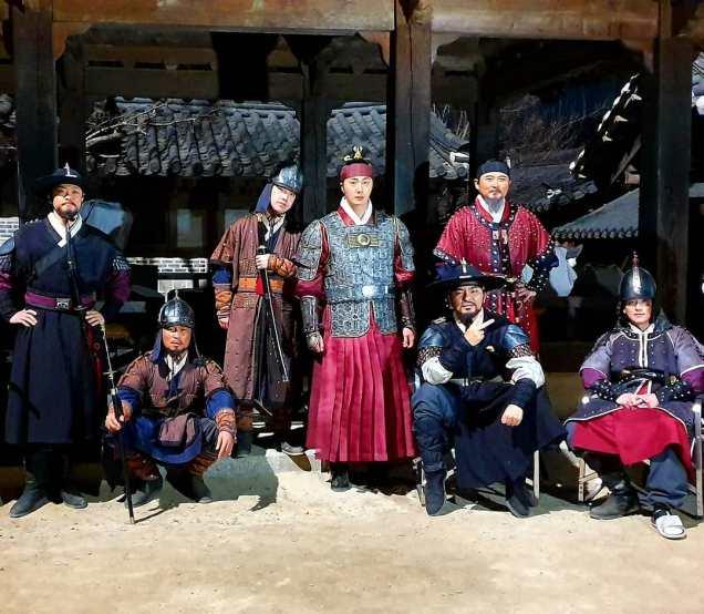 Jung Il-woo In Haechi Episode 24 (47-48) Website Photos. Behind the Scenes. Cr.SBS. 11