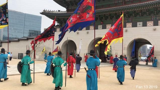Gyeongboksung Palace. Change of the Guard.  www.jungilwoodelights.com  Cr. Fan 13. 2019 56.JPG