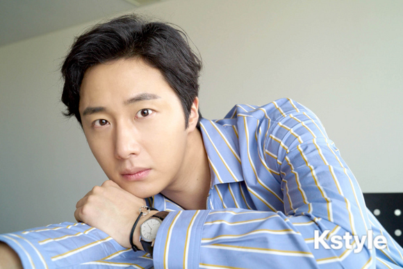Jung Il-woo for K-Style Magazine, Japan. 8.jpg