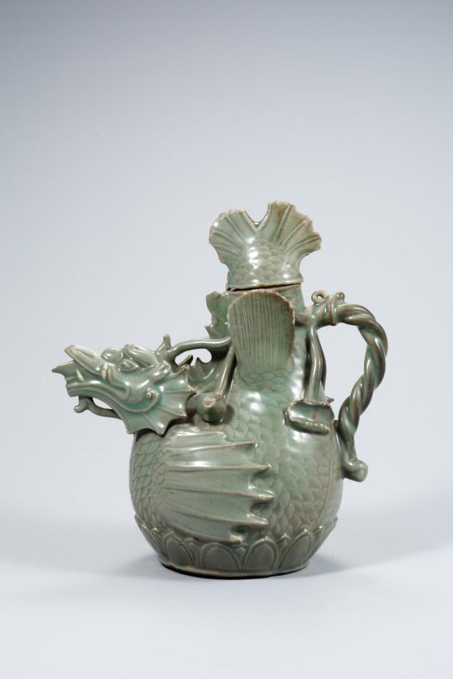Korea's Treasure 61. The drago Pitcher Celadon. Cr. National Muesum of Korea. jpg.jpg