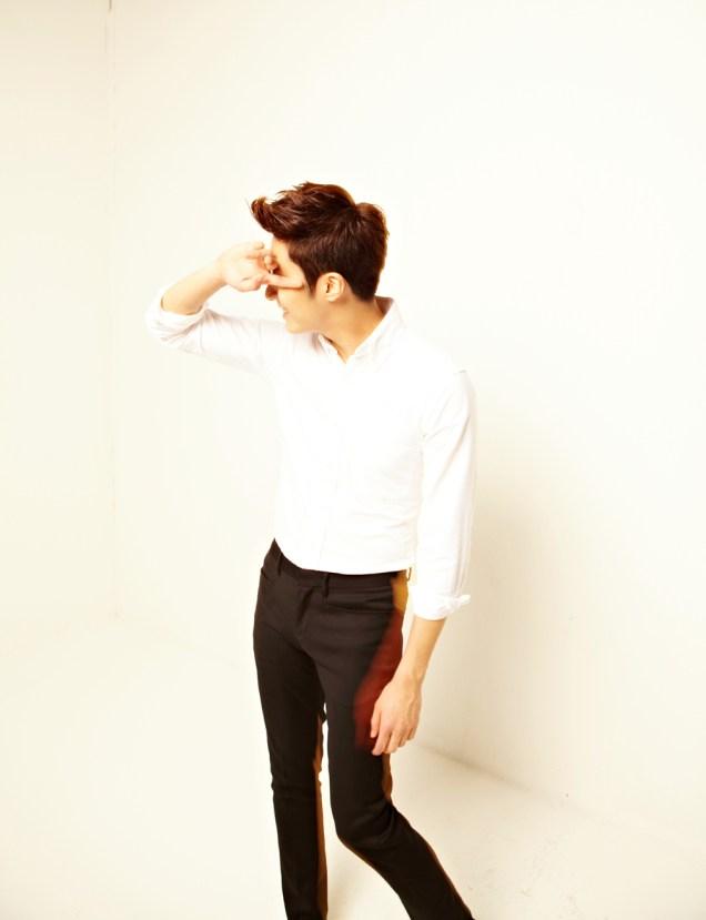2013 10 Jung II-woo Rainbow Photo Shoot Part 5 Aqua Man00005