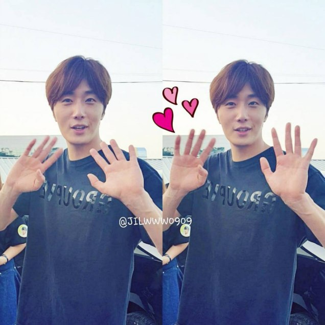 2016 9 23. Jung Il-woo in Cinderella and the Four Knights. Cr. Fans, on photos. Black Shirt 9