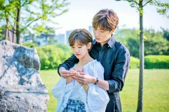 2016 10 1 Jung Il-woo in Cinderella and the Four Knights. Website Photos 9