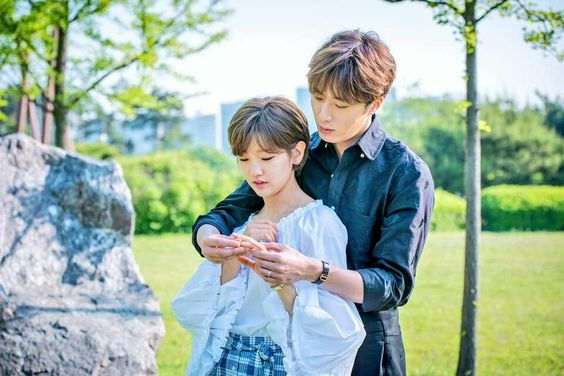 2016 10 1 Jung Il-woo in Cinderella and the Four Knights. Website Photos 9.jpg