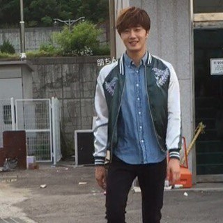 2016 Jung Il-woo in Cinderella and the Four Knights Behind the Scenes. Cr. Cindy012619. 3