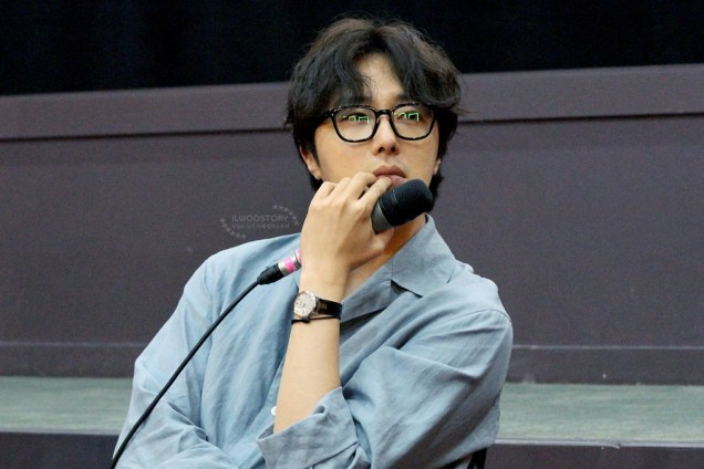 2019 7 21 Jung Il-woo at the Q & A session of the screening of the movie Black Summer. Cr. Ilwoostory Cafe 8