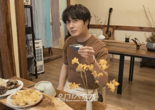 2019 8 2 Jung Il-woo for the Talk Show Drunk Talk Cr. isplus.live.joins. com via Naver 2