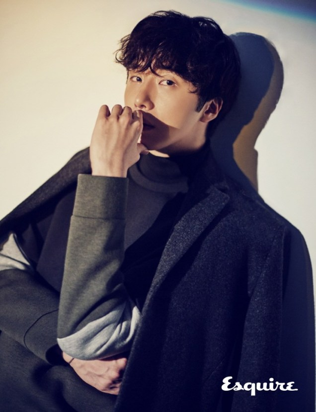 2016 9 21 Jung Il-woo for Plac, Esquire Magazine. 1