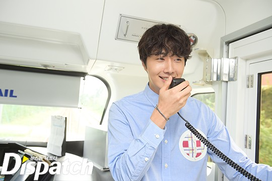 2016 9 4 (8) Jung Il-woo's 10th Anniversary Fan Meeting Railtrip.  Cr. Starcast Naver. 3.jpg