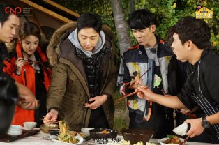 2016 11 Jung Il-woo in Star Shop. Cooking Outside. 20