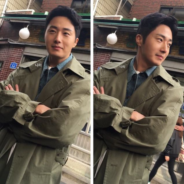2016 Jung Il woo in Star Shop photos. Green overcoat. 7
