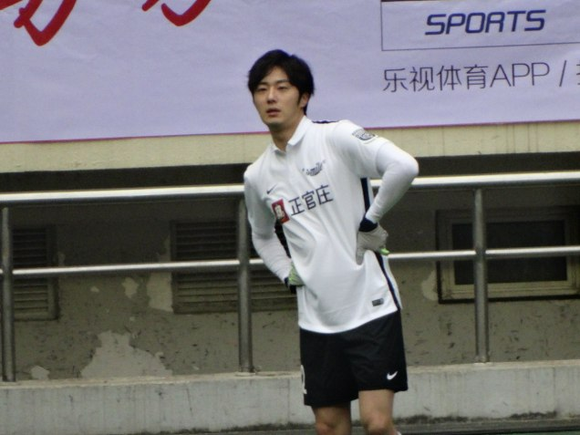 2016 1 10 Jung Il-woo playing soccer in the 2016 Asian Smile Cup. 78