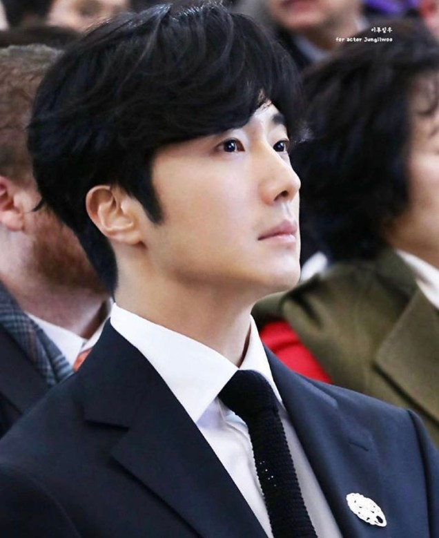 2018 12 3 Jung Il-woo is appointed ambassador to the National Museum of Korea. Xtra 16.jpg
