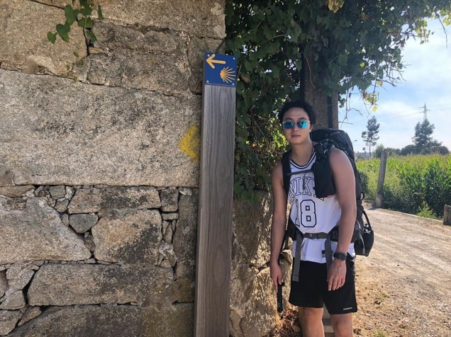 Jung Il-woo walking El Camino de Santiago. May 2019 19