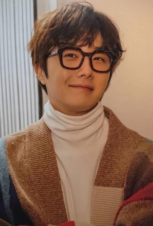 2020-1-Jung-Il-woo-in-Hanryu-Pia-Japanese-Magazine.-11.jpg