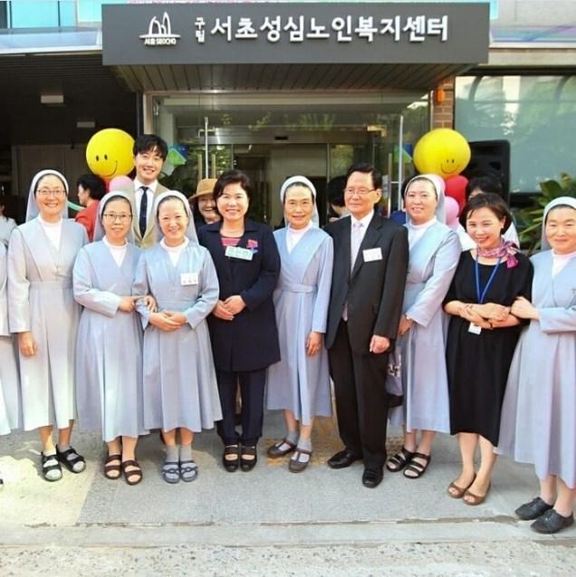 2017 9 14 Celebrating the opening of an Elderly Welfare Center. Cr. gracecho1 (2).JPG
