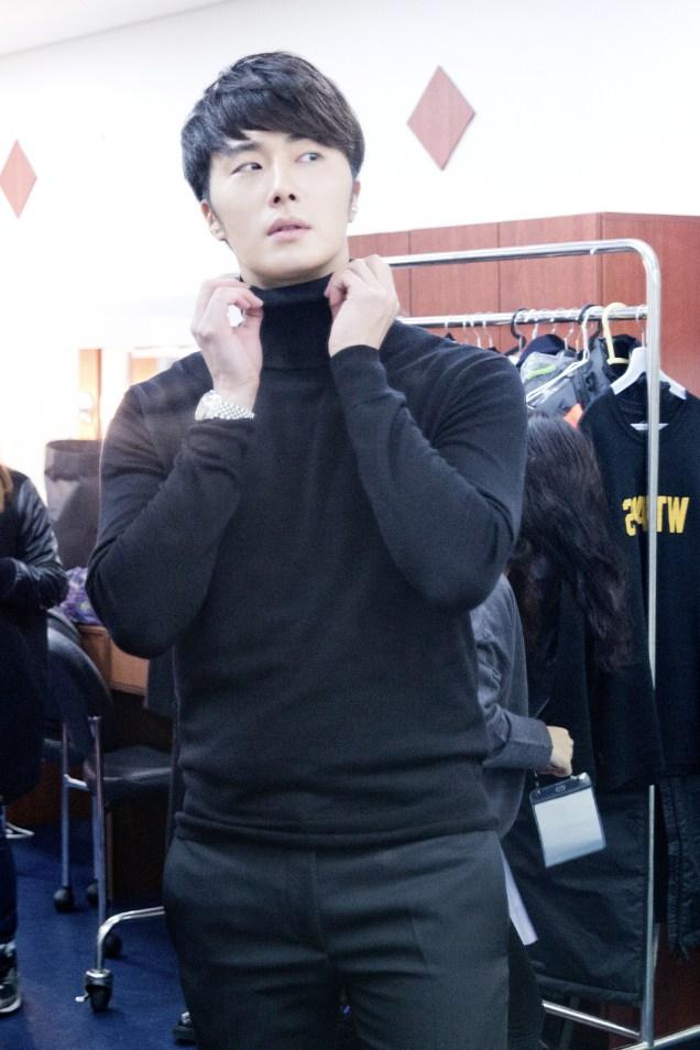 2014 11 22 Jung II-woo in his Fourth Korean Fan Meet. Cr.jungilwoo.com 17