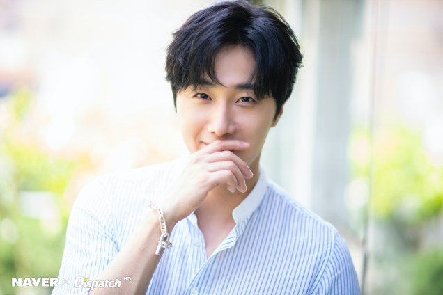 2020 6 15 Jung Il woo in a gorgeous photo shoot. Cr. Dispatch, Naver.3