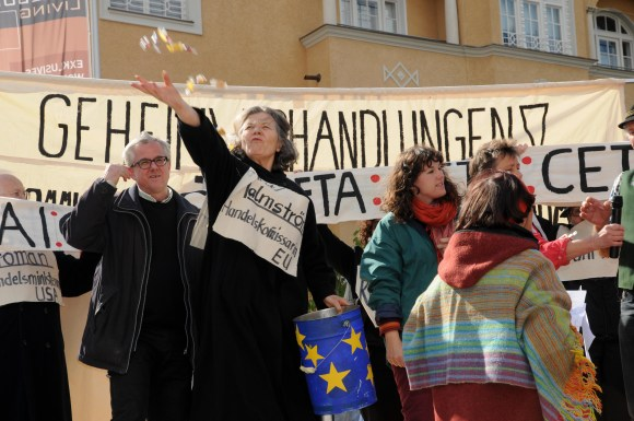 Aktionstheater zu TTIP und Co
