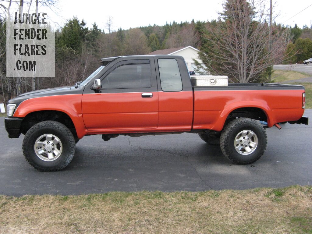 Toyota Pickup -1993 4x4 SR5 model with color-matched fender flares